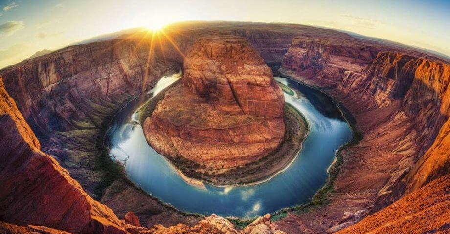 Horseshoe Bend near the east part of the Grand Canyon.