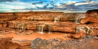 5 Reasons To Go See Arizona's Unique Chocolate Waterfall