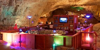 You Must See the Unbelievable Grand Canyon Caverns Room