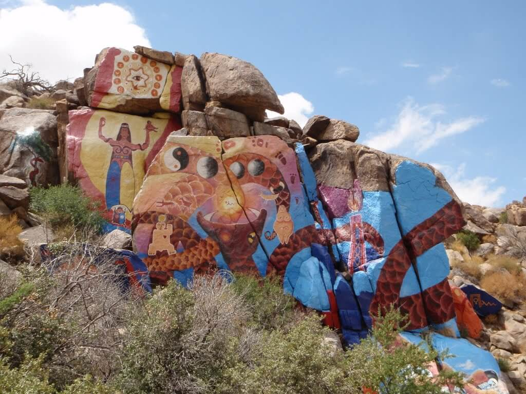 The Purcell Murals in Chloride, AZ. static.panoramio.com