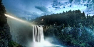 Why Everyone Owes it to Themselves to Visit the Majestic Snoqualmie Falls in Washington State!