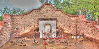 5 Gruesome Facts About This Weird Shrine in Arizona