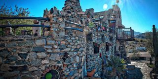 10 Pictures of the Unique Mystery Castle That You Won't Believe Is In Arizona