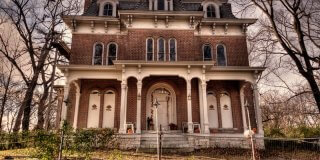 These 4 Haunted Places In Illinois Will Send Chills Down Your Spine