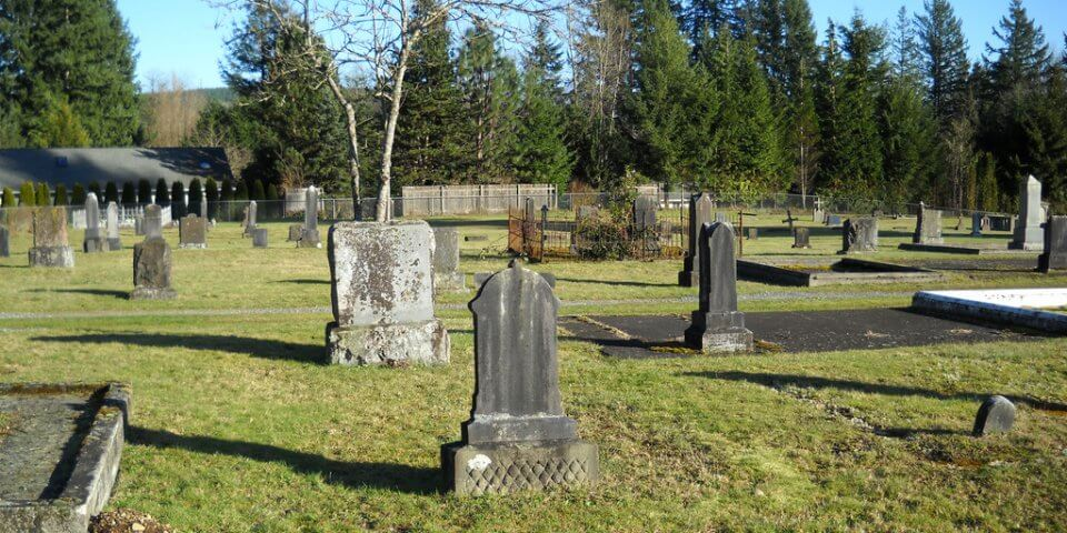Black Diamond Cemetery - Photo by Peter Lewis