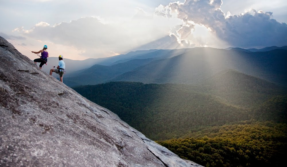 You Must Visit These 5 Places in North Carolina If You're Feeling Adventurous.