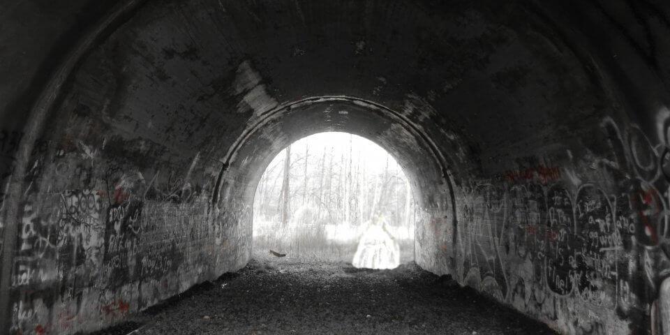 https://daoliviart.wordpress.com/2013/01/14/the-story-of-lydias-bridge/