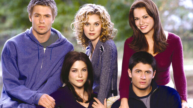 http://www.etonline.com/tv/192733_one_tree_hill_cast
