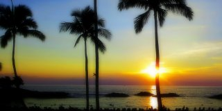 10 Hawaii Sunset Photos That Will Take Your Breath Away