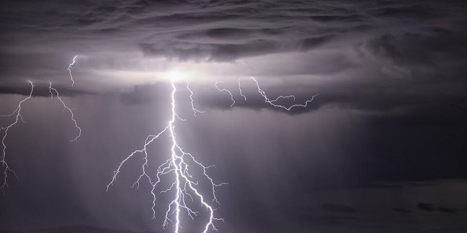 These 15 Electrifying Photos of Thunderstorms In New Mexico Will Blow You Away!