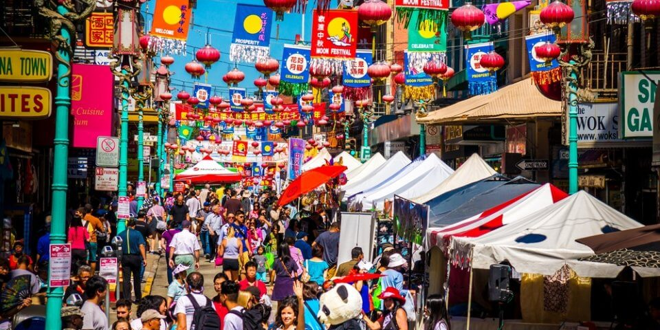 A busy San Francisco Chinatown street.