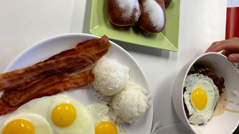 home maid cafe in maui. Eggs breakfast and malasadas.