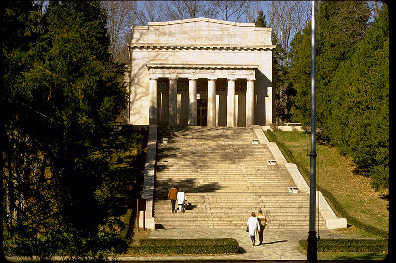 Abraham Lincoln Birthplace National