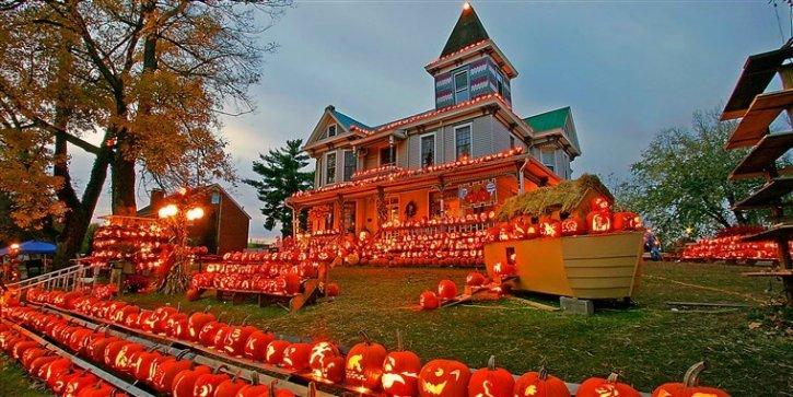 Kenova's Pumpkin House