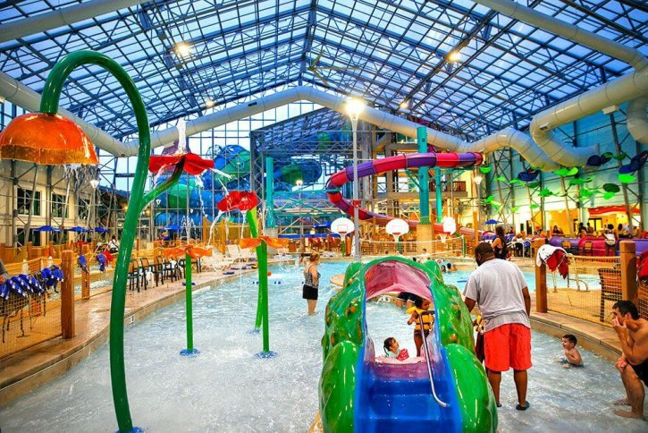 Zehnder's Splash Village Hotel & Waterpark Michigan