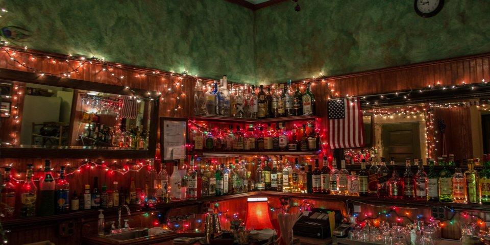 "Room 4 Bar ""The smallest bar in Arizona."""