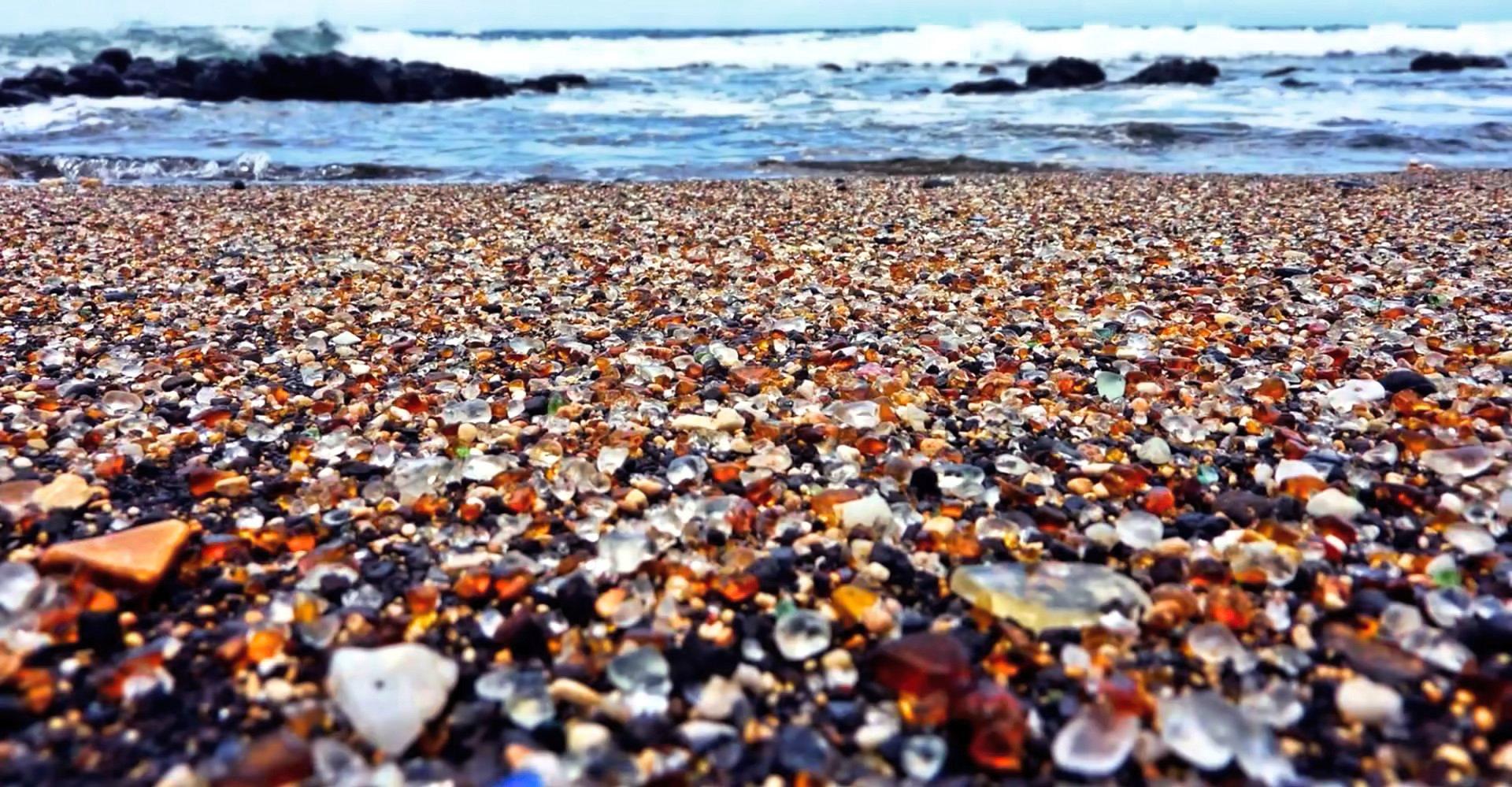 Glass Beach, Alabama