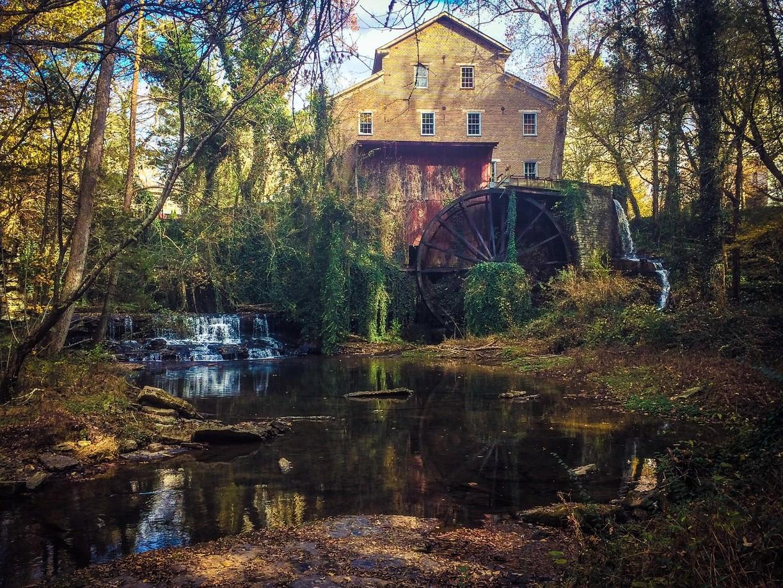 Falls Mill, Tennessee