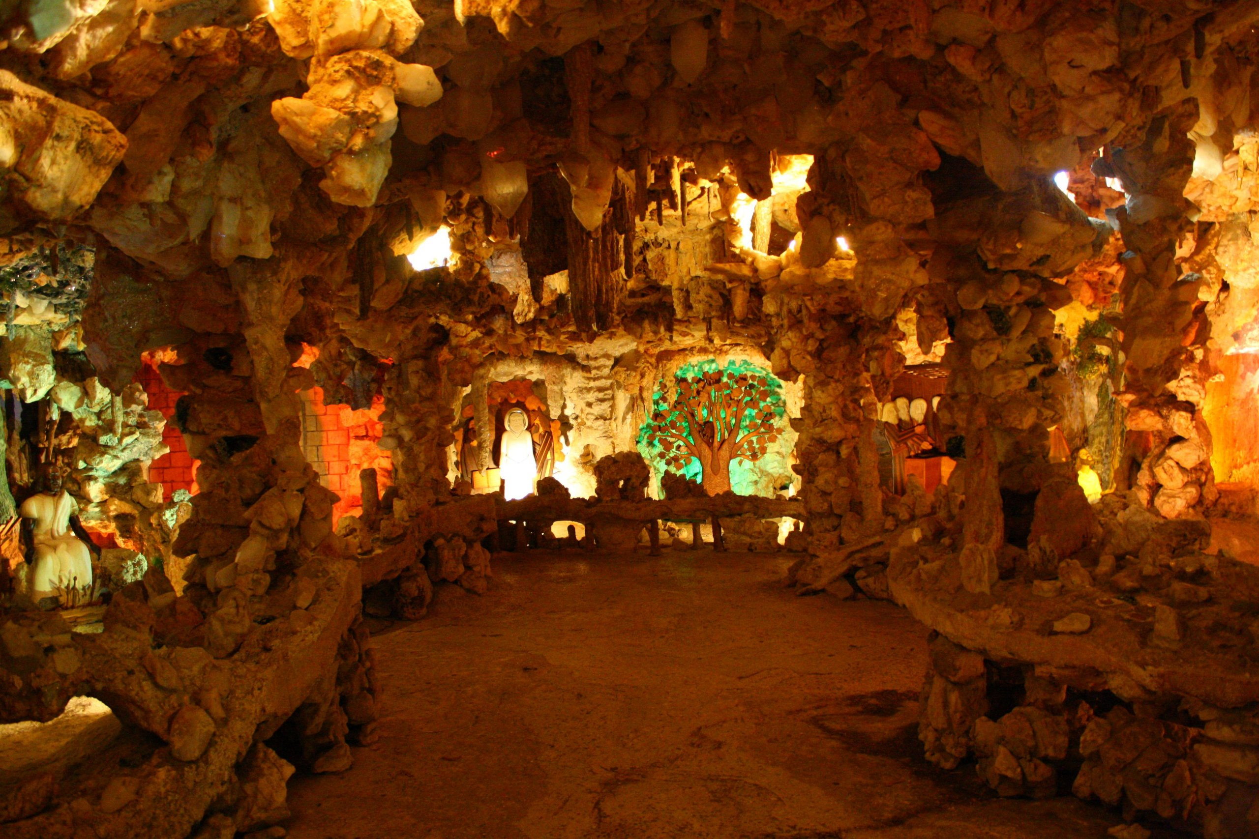 Crystal Shrine Grotto, Tennessee