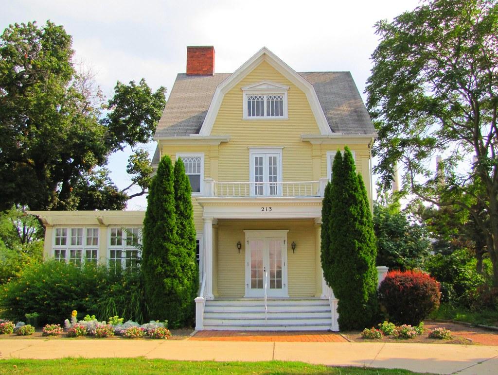 Michigan Women's Historical Center & Hall of Fame, Lansing, MI