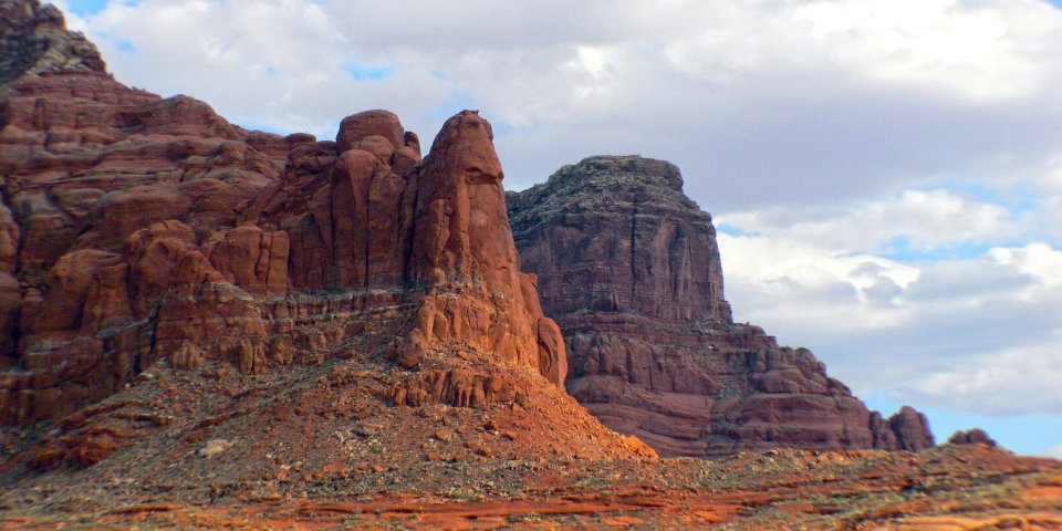 The Glen Canyon National Recreation Area is one of the national parks in Arizona still open during the coronavirus.