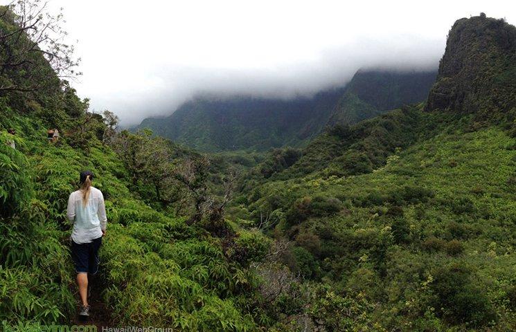 iao valley hikes maui