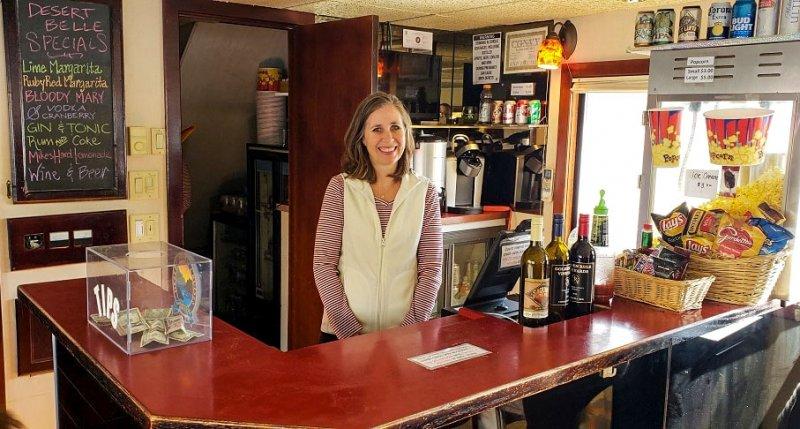 Sunset Wine Cruise Snack Bar AZ