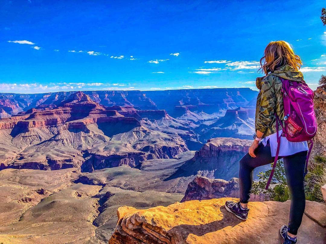 grand canyon view hiking az