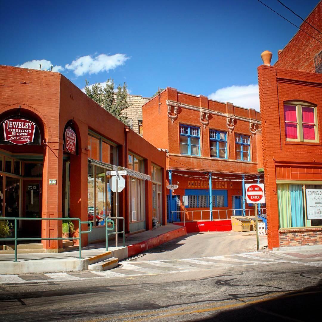 bisbee charming towns in arizona