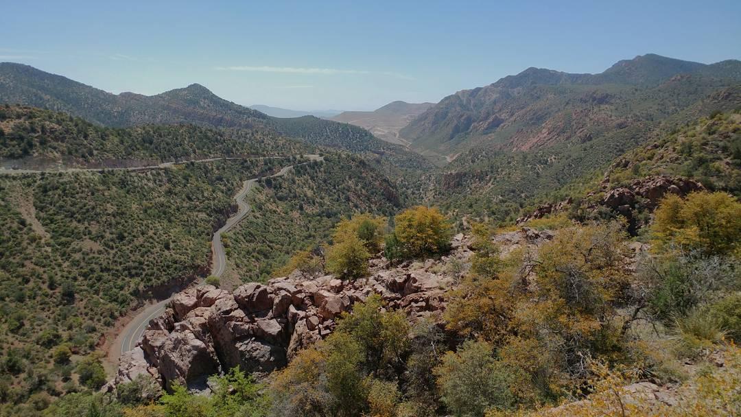 Beautiful road in arizona