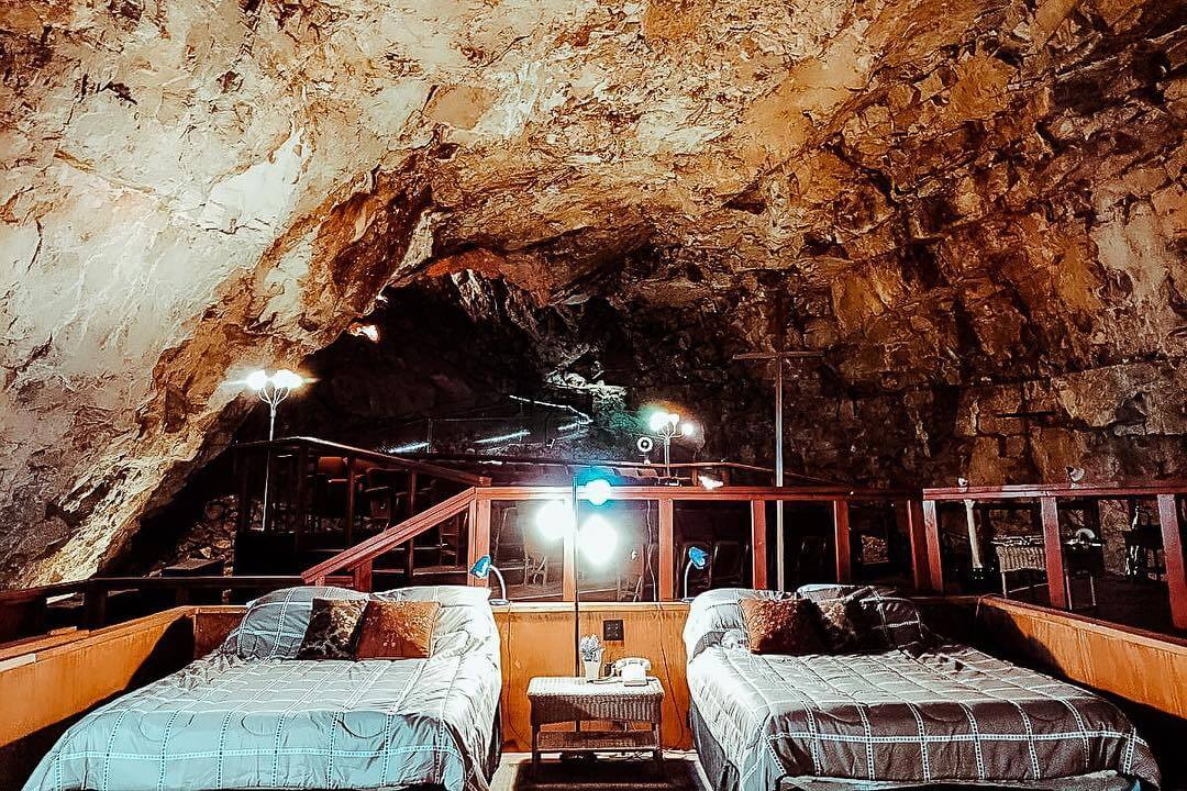 Grand Canyon Underground Cave Suite room