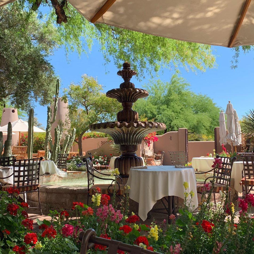 The Hermosa Inn patio arizona