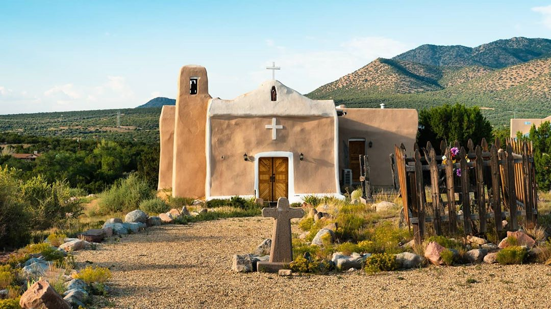 San Francisco de Asis Catholic Church new mexico
