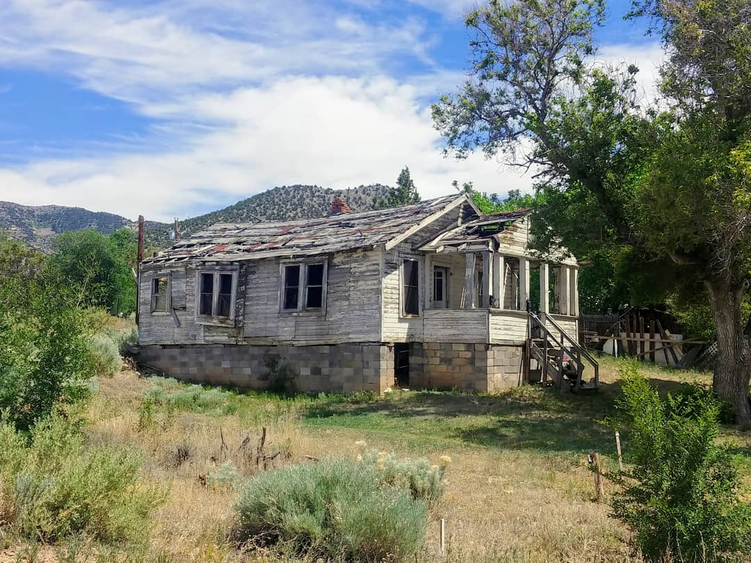abandoned house golden new mexico
