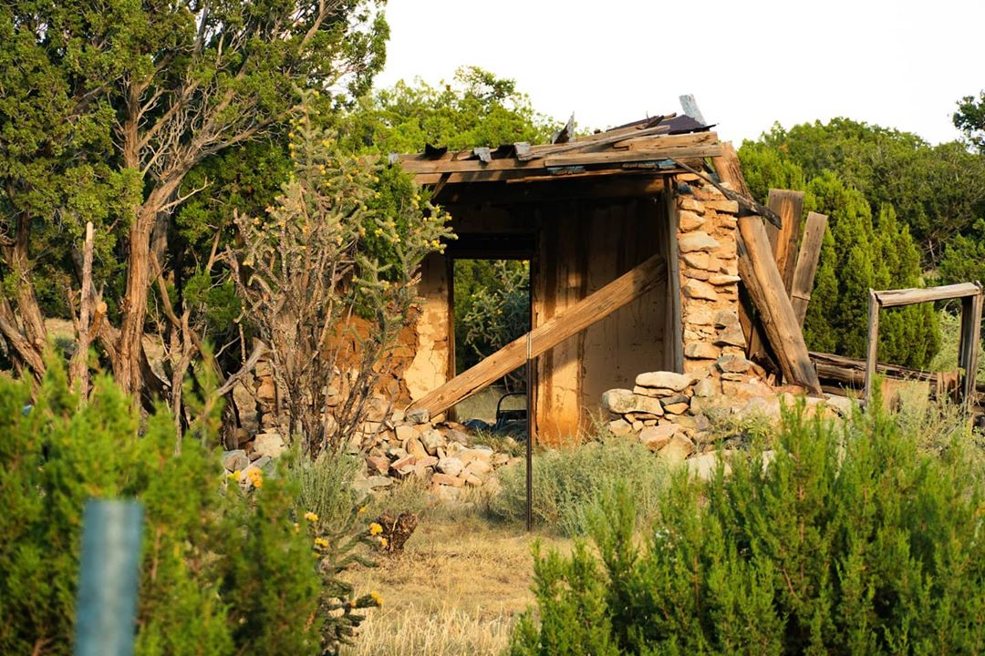 abandoned house in new mexico