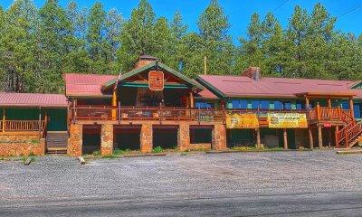 Molly Butler Lodge greer arizona