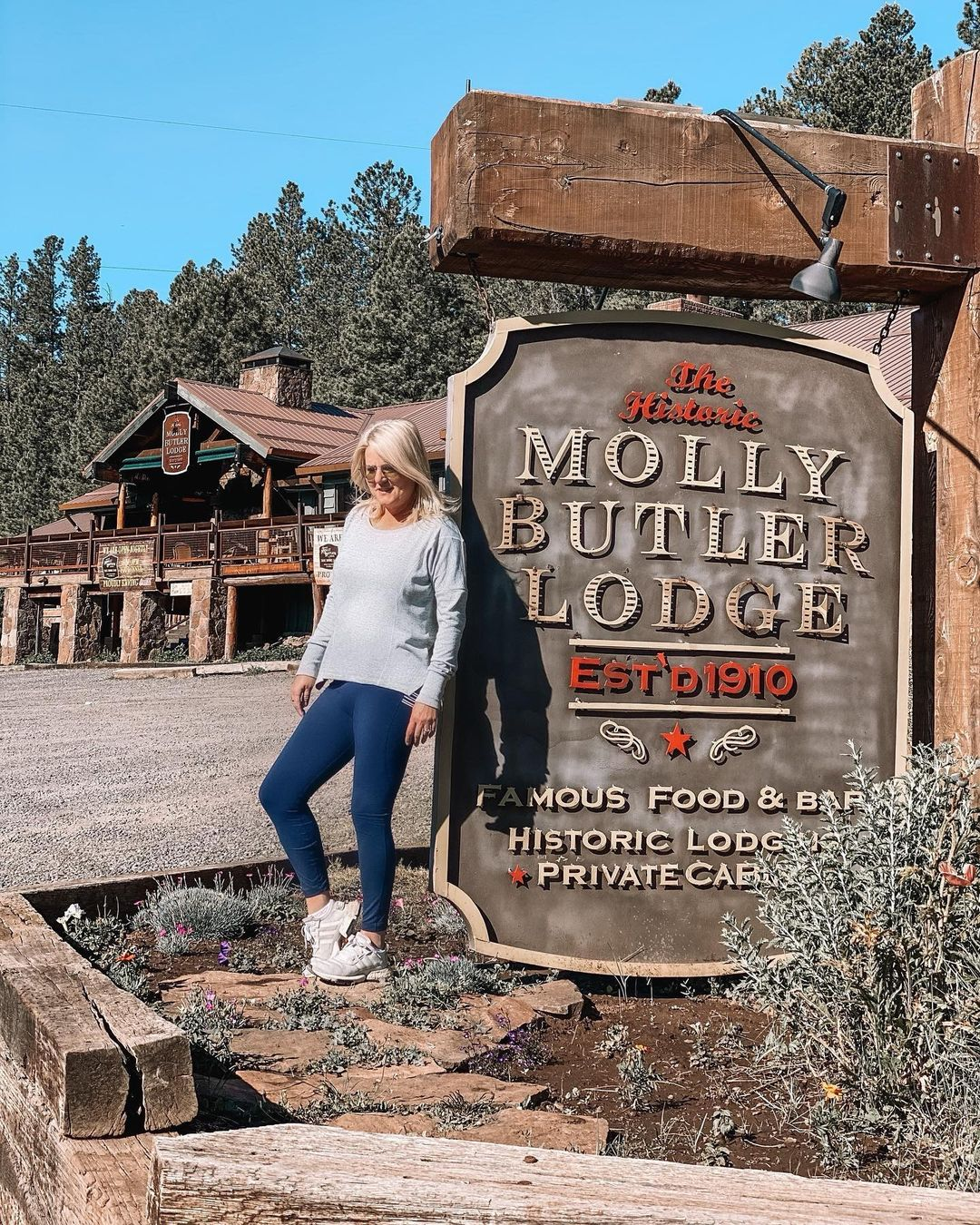 Molly Butler Lodge az
