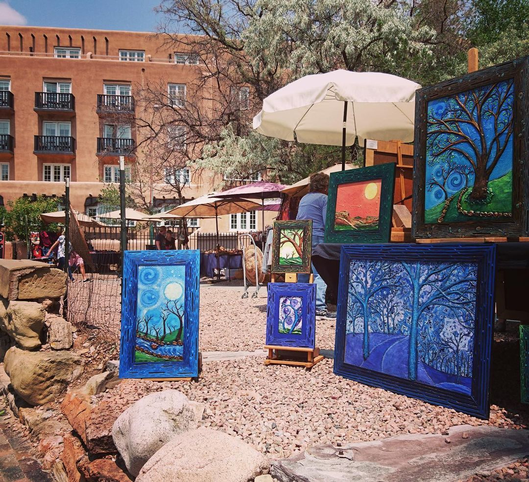 New Mexico Canyon Road art displays