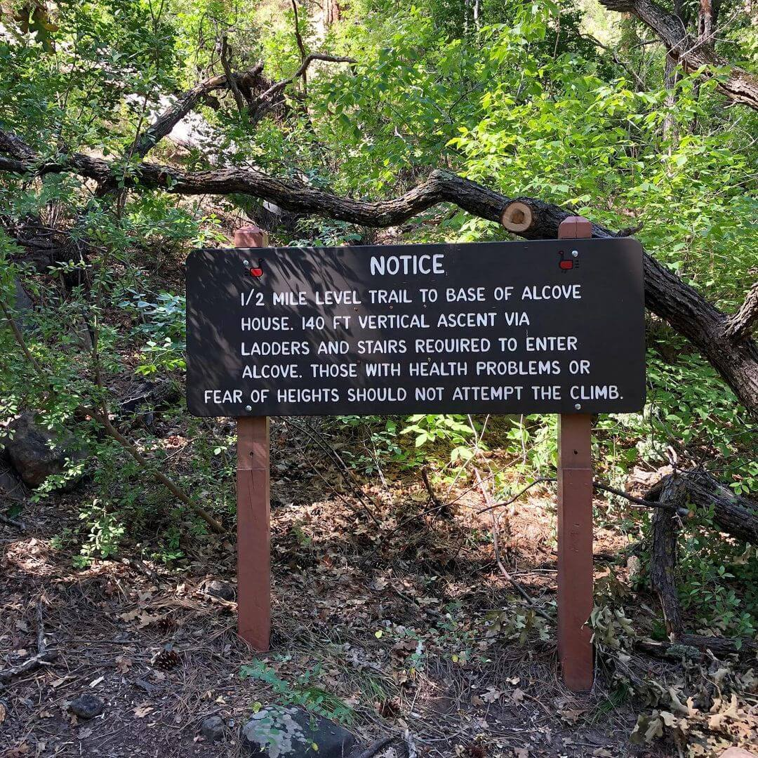 Trail Marker Alcove
